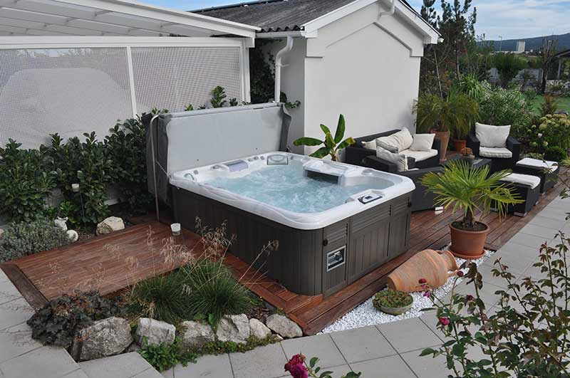 how-to plan for a hot tub in Wichita Falls
