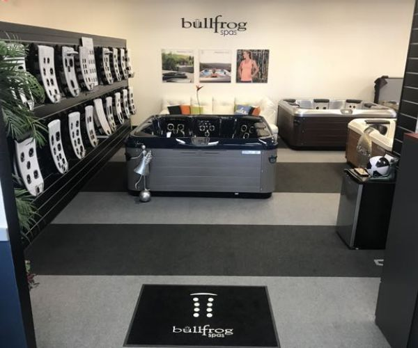 Bullfrog Spas Showroom in Wichita Falls