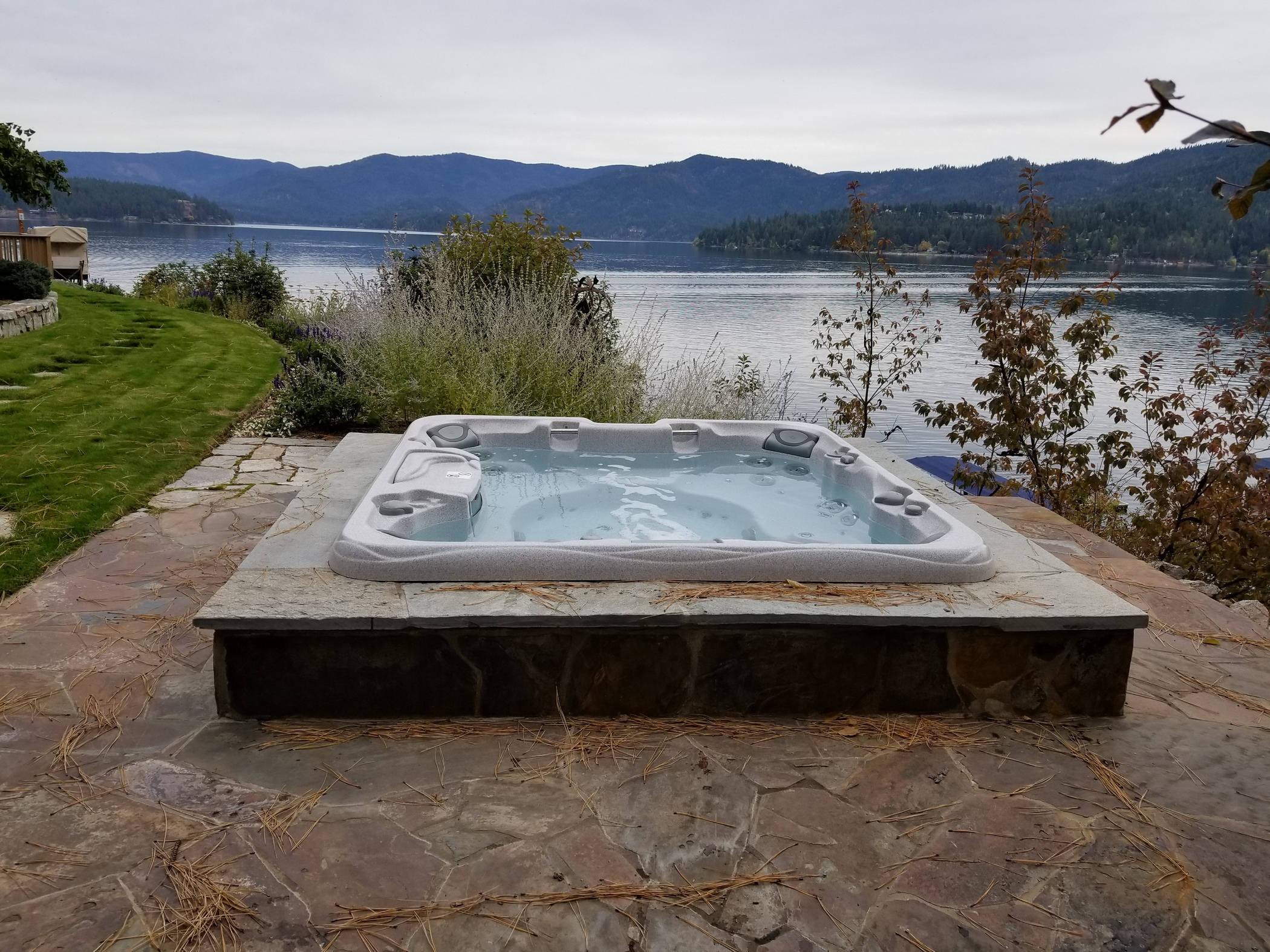 The Best Outdoor Hot Tub Trends Making A Splash In 2020