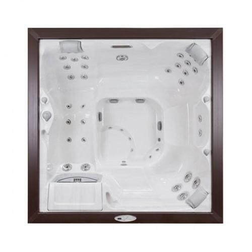 Victoria™ Hot Tub in Wichita Falls, TX